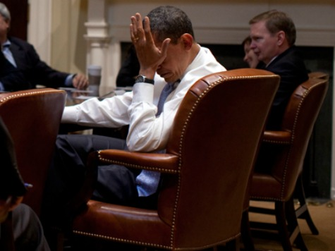 obama_facepalm_wh_photo